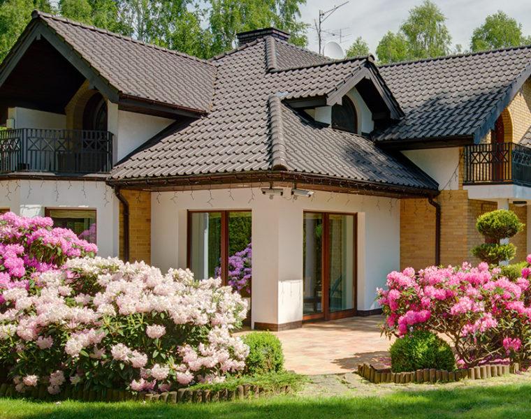Budowa domu krok po kroku. Jak załatwić formalności budowlane